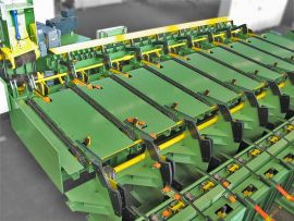 Entry system for 2-roll straightening machine